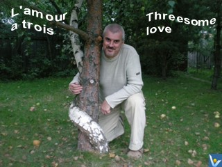 Threesome Love, Love jokes - L'amour a trois - funny pictures, Vadim Kotelnikov, trees